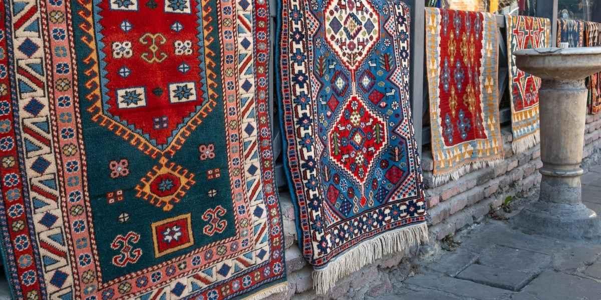 שטיחים פרסים תלויים
